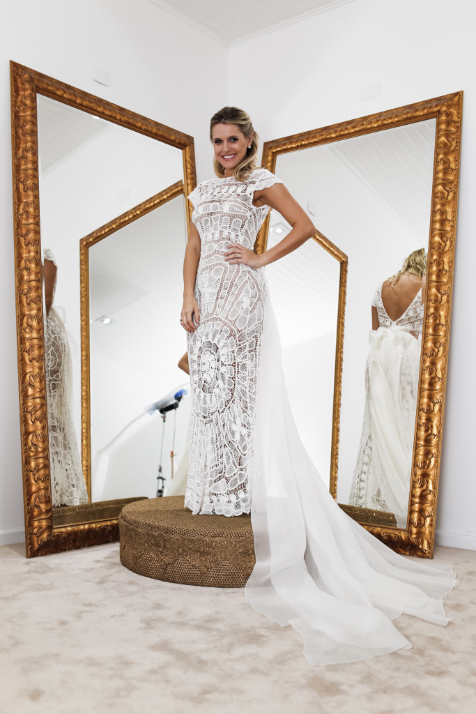 Ana Maria Vanin, que pegou o vestido de noiva da amiga emprestado para o seu casamento.