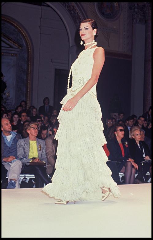 26 Anos De Vestidos De Noiva Assinados Por Valentino